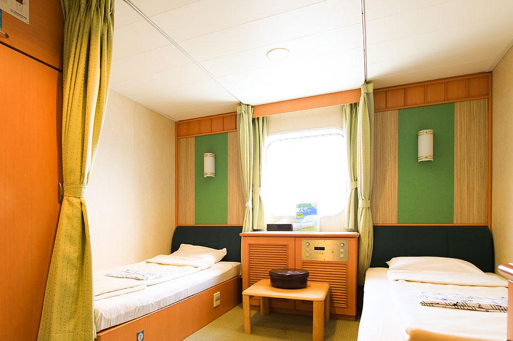 クイーンコーラルプラス船内 1等洋室 2名x1室