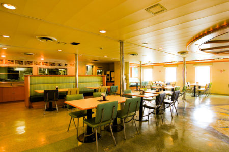クイーンコーラルプラス船内 レストラン