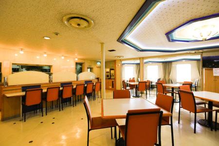 クイーンコーラル8船内 レストラン